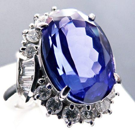 サファイア 6.88ct / ダイヤモンド 0.88ct プラチナ900リング 9.3g