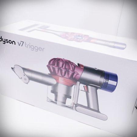 ダイソン V7 Trigger サイクロン コードレスハンディクリーナ