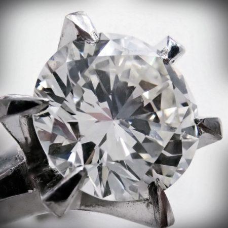 2.73ct 大粒ダイヤモンド Pt900リング