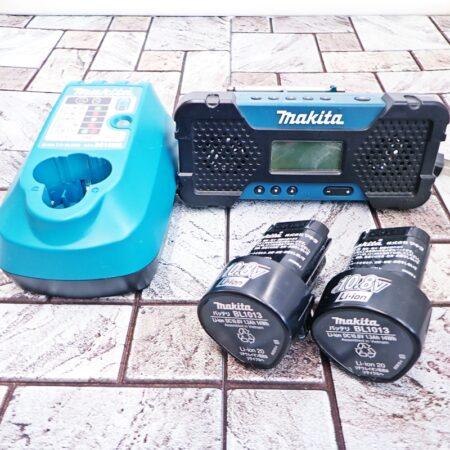 マキタ 充電式ラジオ MR051 充電器 DC10WA リチウムイオンバッテリ ×2 BL1013